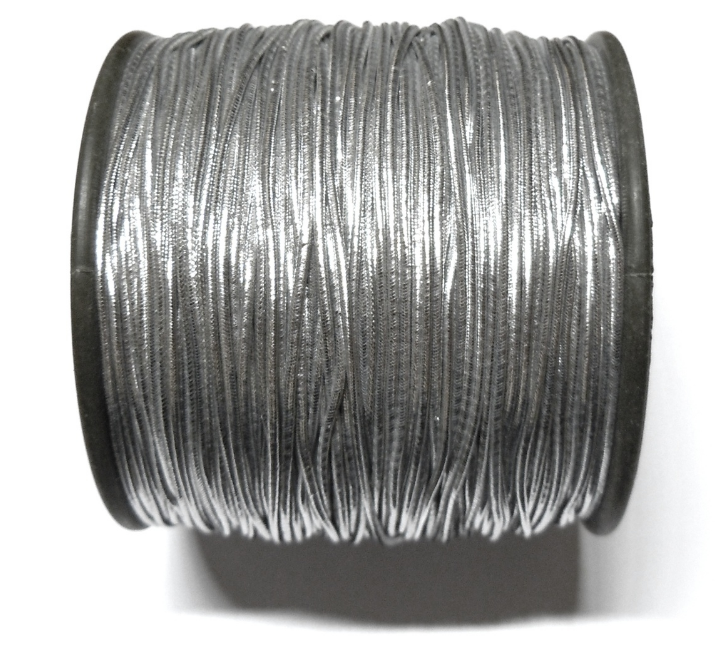 metallic cord with roll