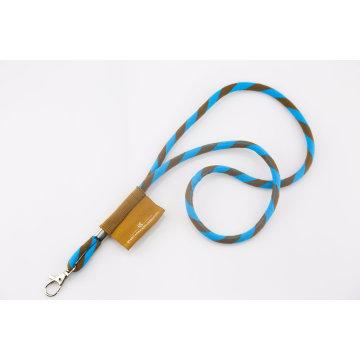 Corde en fil jacquard à deux couleurs avec étiquette tissée