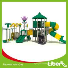 Hinterhof Spielplatz, Spielplatz Boden mit zwei Sitzen Schaukel