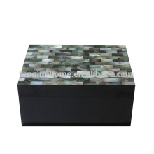 CBM-BPSBM Seashell Furniture Black Mother of Pearl Accessory Box