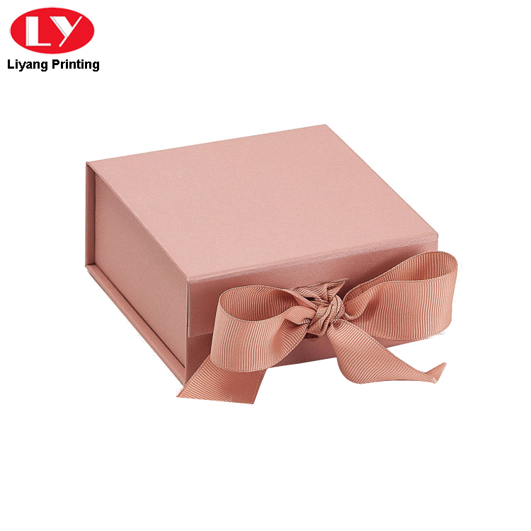 Rose Gold Magnet Box