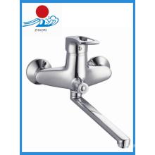 Torneira de cozinha de cromo em latão Misturador de torneira de água com único punho (ZR21103-A)