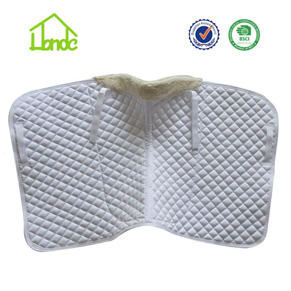 Beyaz terbiye polycotton at eyer pad