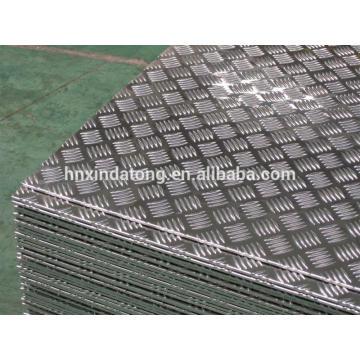 polished aluminium tread plate