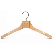 Cabide de madeira natural cabide de design especial para casaco