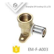 EM-F-A003 Accesorio de latón para sistema de tuberías Conector de compresión de acero inoxidable