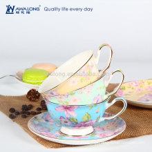 Desenho de flor pequeno copo de café de cerâmica e pires conjunto, copa de café traje