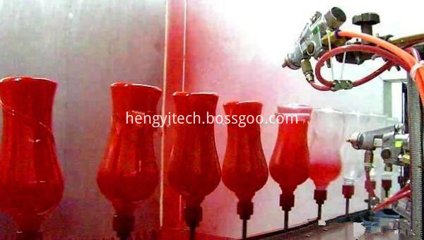 Automatic production line of glass bottles