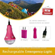 Luz de acampamento solar para uma noite romântica, a luz da lâmpada de emergência de noite ao ar livre