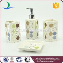 2015 Neuer Design Name der Toilettenzubehör Keramik