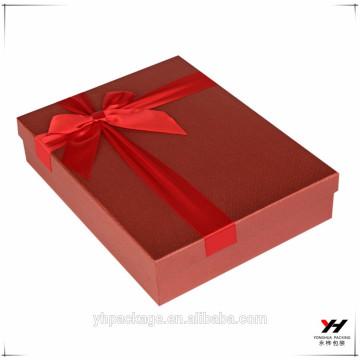 2018 en gros personnalisé imprimé carton emballage bonbons et cadeau boîte rouge