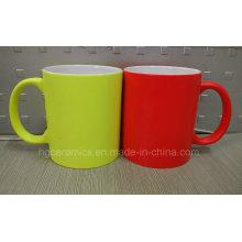 Nueva taza de cerámica del color de neón, taza de neón, taza fluorescente