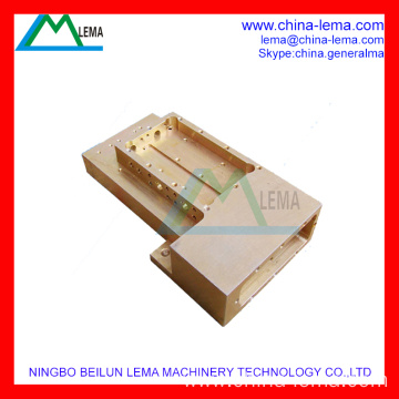 High-Precision Telecom Machining Maker