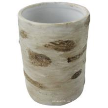 Jarra de cerámica para la decoración del hogar con la mano