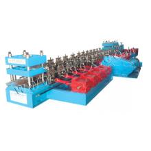 Máquina para fabricar dois trilhos de guarda de ondas