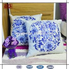 Cojín vendedor caliente de la decoración del sofá con la almohadilla del lanzamiento de la insignia del bordado
