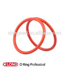 Anillo de silicona popular de bajo precio en color rojo