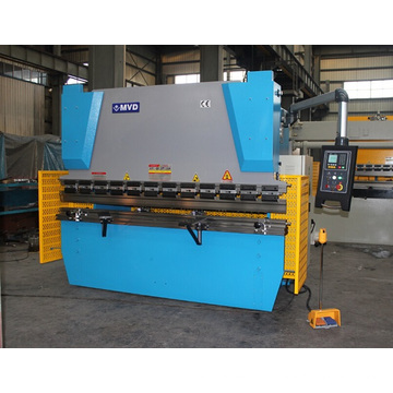 Máquina de dobra hidráulica do metal de folha do CNC