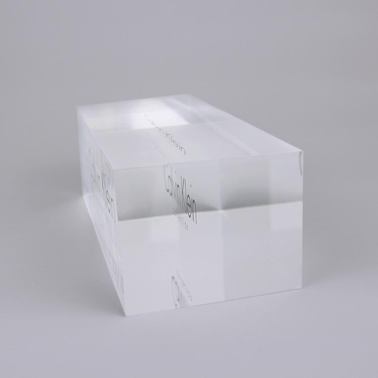 Acrylic Block Manufacturer