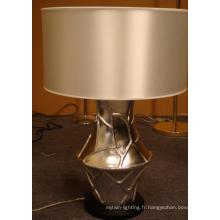 Lampe de table moderne d'hôtel de résine de décoration avec l'ombre en soie L12021