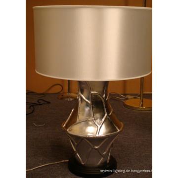 Moderne Dekoration Harz Hotel Tischlampe mit Silk Shade L12021
