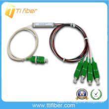 Séparateur de fibres optiques 1/4 plc avec fibre de 0,9 mm et connecteur SC / APC