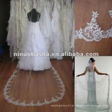 Véu de noiva longo com contas revestidas