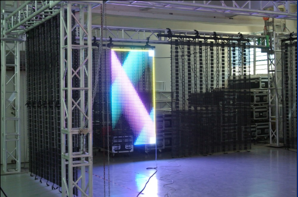 Indoor Flexible led display screens- installtion