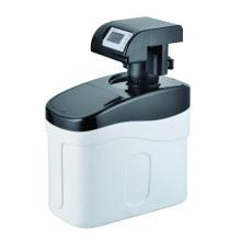 Adoucisseur d'eau résidentiel sous l'évier 800L / H