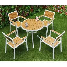 Table de patio moderne et revêtue de poudres modernes et chaises de chaises blanches Mobilier de jardin en aluminium métallisé