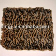 Dyed European rabbit fur tiger strip color rabbit skin fur plate