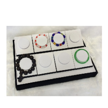 Gute Qualitätsweißes schwarzes Armband-Armband-Anzeigen-Behälter-Großverkauf