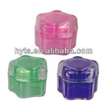 bocaux en plastique transparent avec couvercles