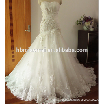 Lace Appliques Ball Gown Wedding Dress Floor Length Sleeveless blush wedding dress
