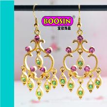 Handgemachter 18k vergoldeter Kristallhaken-Ohrring für Hochzeitsdesigns