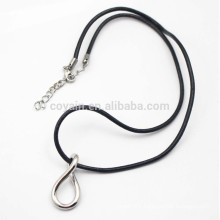 Lucky Silver Metal 8 Shape Necklace With Leather Cord