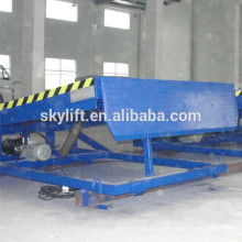 Hydraulic stationary adjustment height truck loading ramp