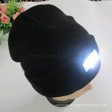 Venta caliente 100% acrílico sombrero de invierno al aire libre manos libres beanie colorfull 5 LED gorras tejidas