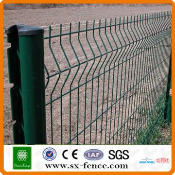 China 3 verbiegt Maschendraht geschweißten Eisenzaun Hersteller