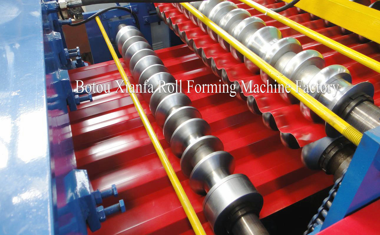 TR roll forming machine