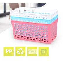 Panier en plastique rectangulaire de petite taille multifonctionnel qui respecte l'environnement pour des articles divers