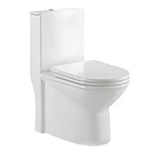 CB-9503 Nuevo diseño Dual Flush Hedging One Piece Toilet Inodoro estándar de tocador de American WC