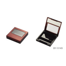 Graceful Red Compact Powder Case With Mirror