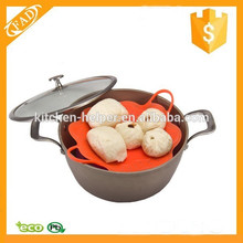 Attractive Easy to Clean Silicone Steamer with Handle