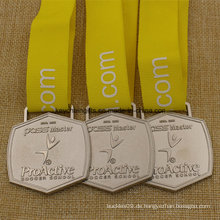Benutzerdefinierte Metall Schule Fußball Medaille mit Schule Logo