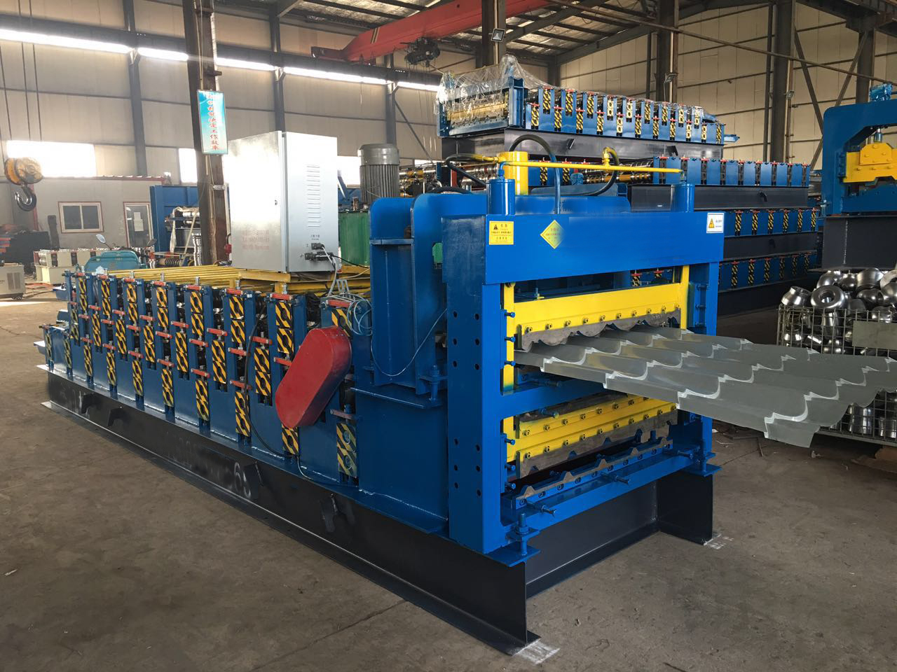 Three layer tile machine