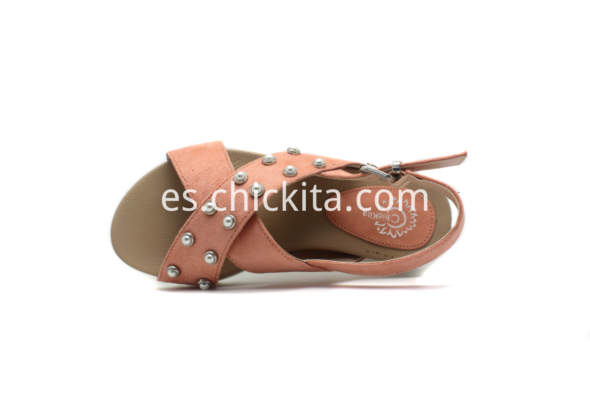 Girl's Fashionable Footbed Shoes With Nice Pearl Ornaments