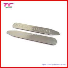Klassischer kundengebundener Logo-Metallkragen-Aufenthalt für High-End-Markenhemden (TC-OT1001)