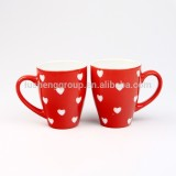 cute heart printed red glazed ceramic coffee mugs for custom logo printing