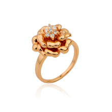 Hot Sale Xuping Royal Flower Shapped Jewelry Ring